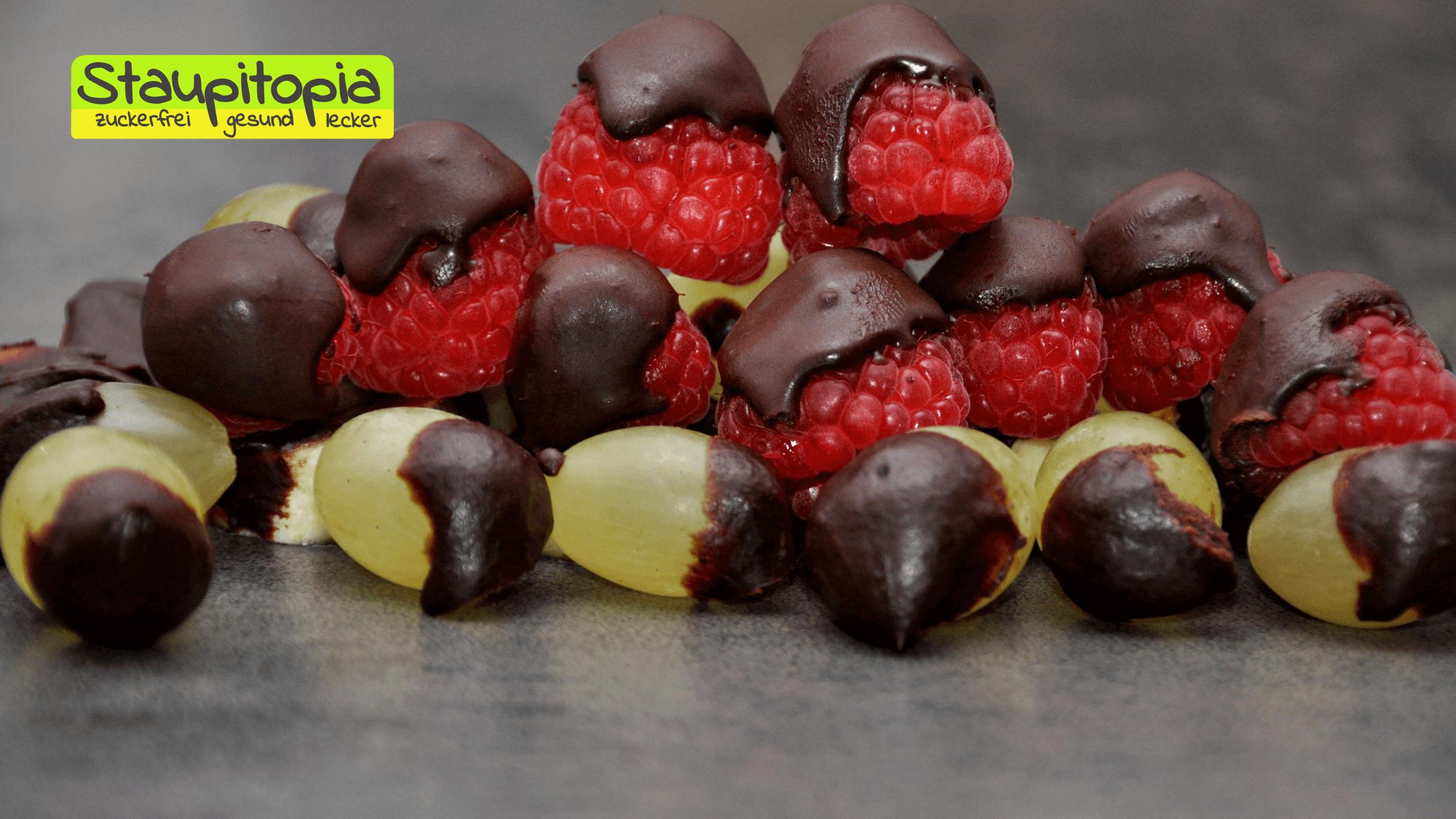 Schokolade ohne Zucker selber machen mit Erythrit, Xucker Light, Low Carb Schokolade
