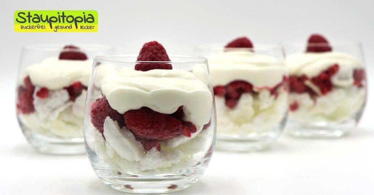 Low Carb Dessert Mit Quark Himbeeren Und Baiser Staupitopia
