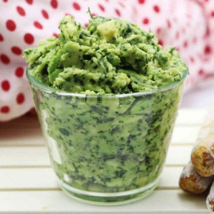 Rezept für eine einfache Guacamole bzw. Avocadocreme.