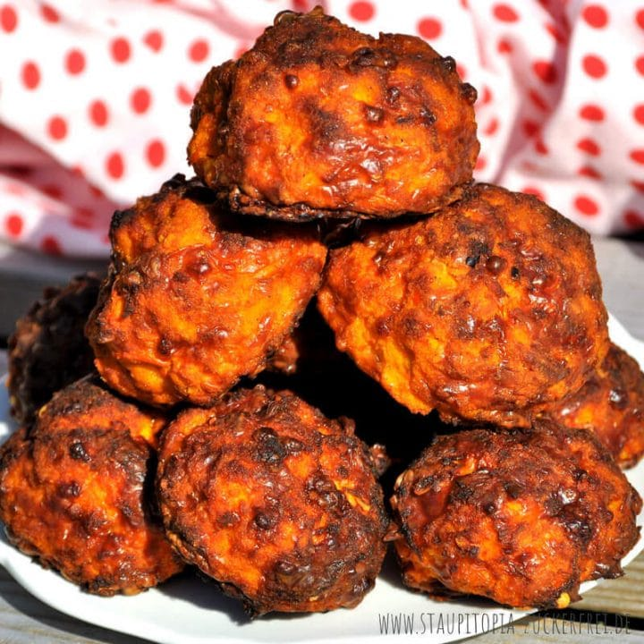 Rezept für Low Carb Kürbis Bällchen als Snack oder zum Mitnehmen.