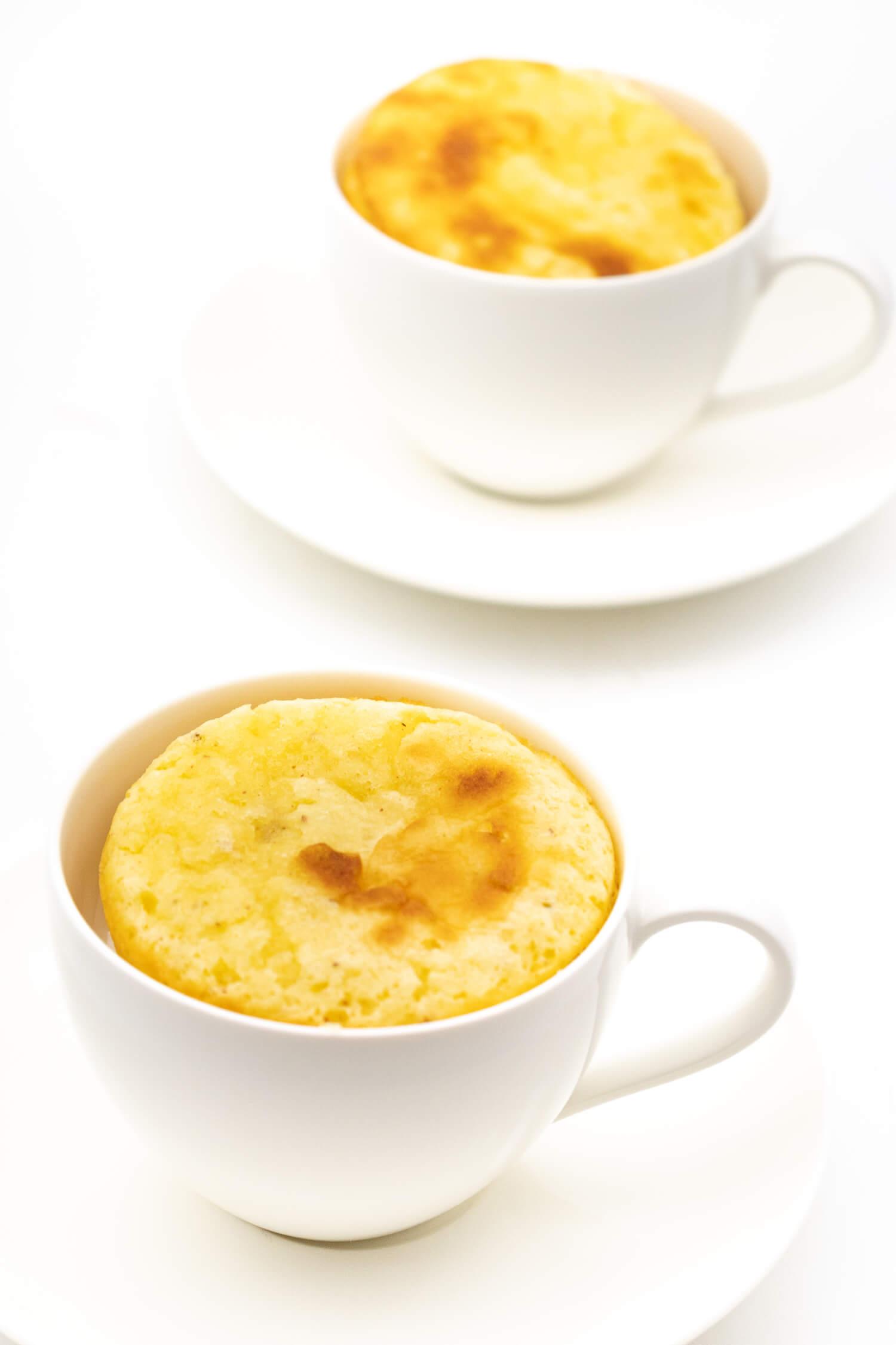 Low Carb Tassenkuchen mit Mandelmehl für die Mikrowelle und den Ofen