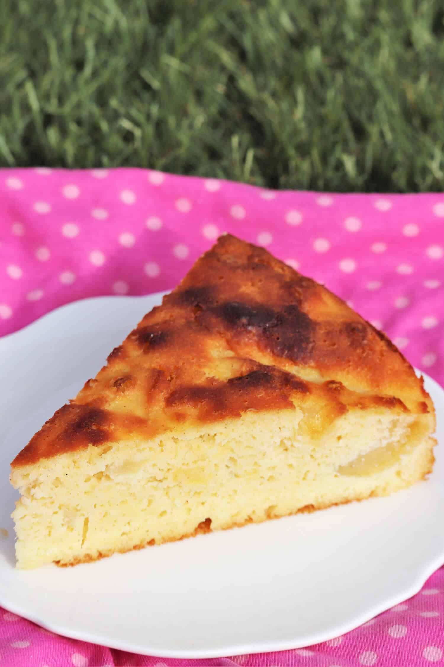 Apfelkuchen ohne Mehl mit Mandeln schnell backen.