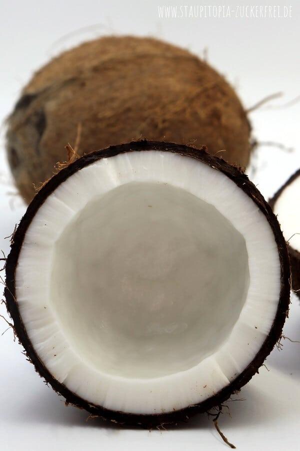 Kokosnuss öffnen ohne Säge Anleitung