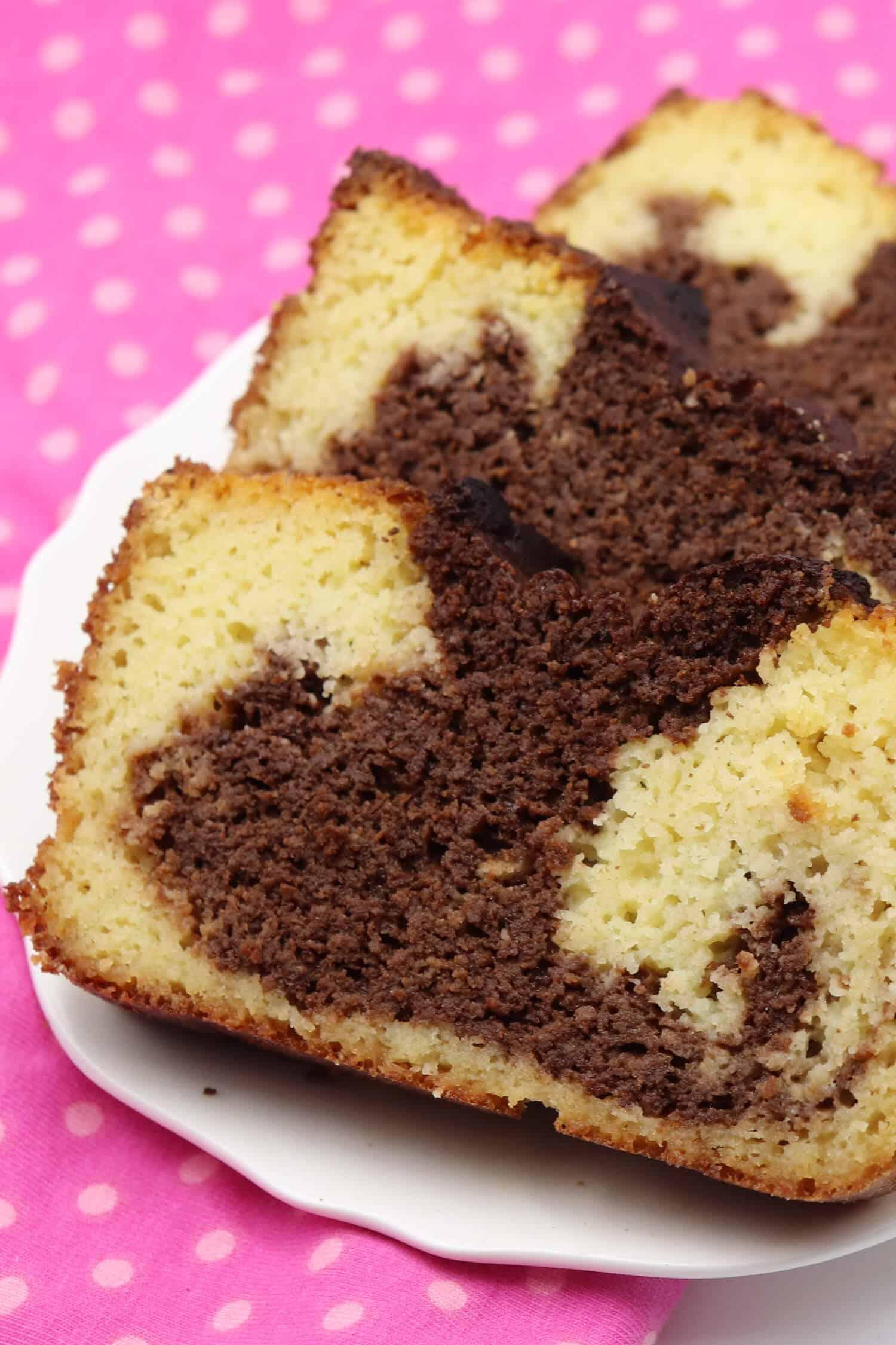 Saftiger Marmorkuchen mit Kokos