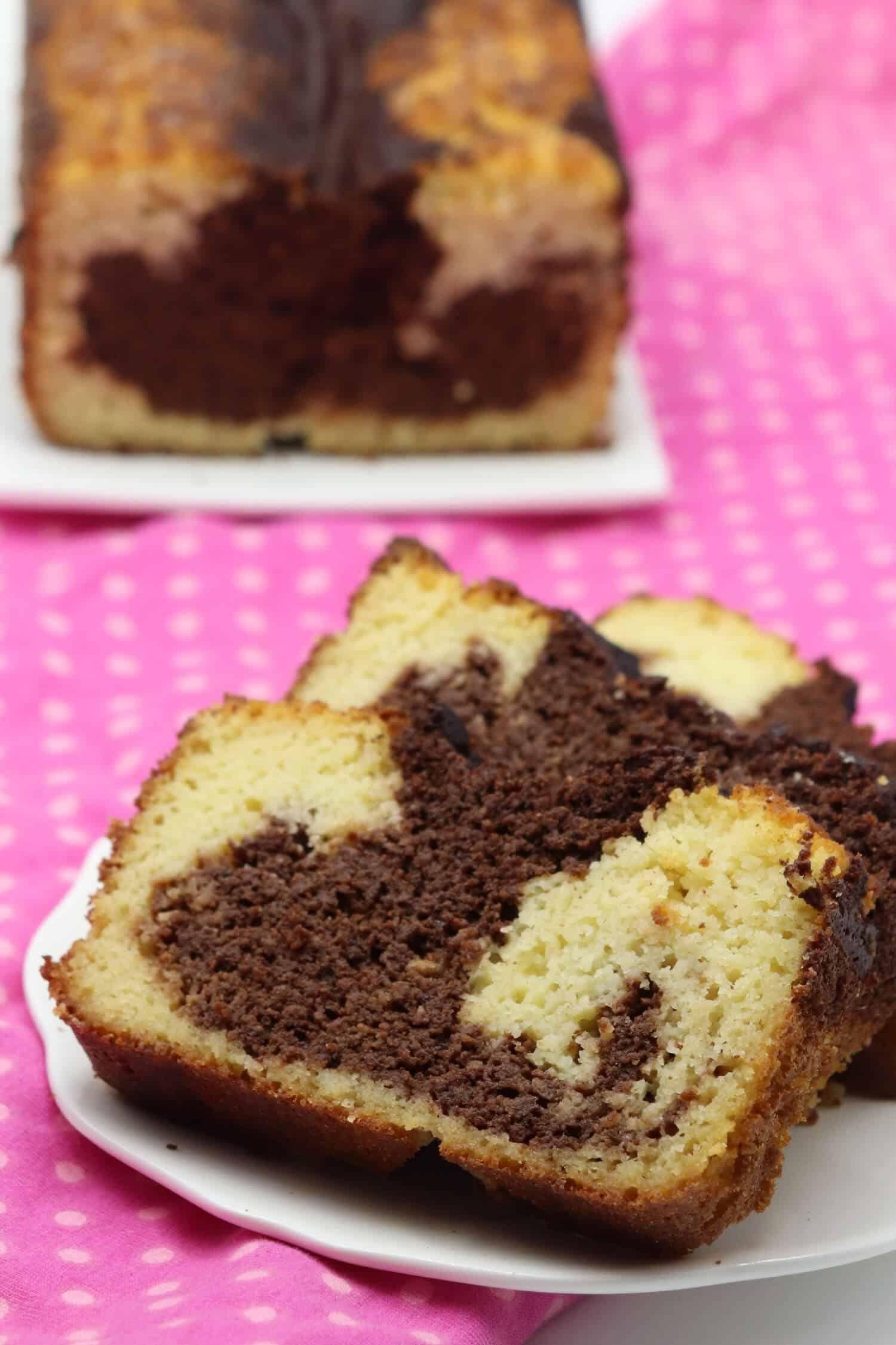 Marmorkuchen ohne Zucker und Mehl