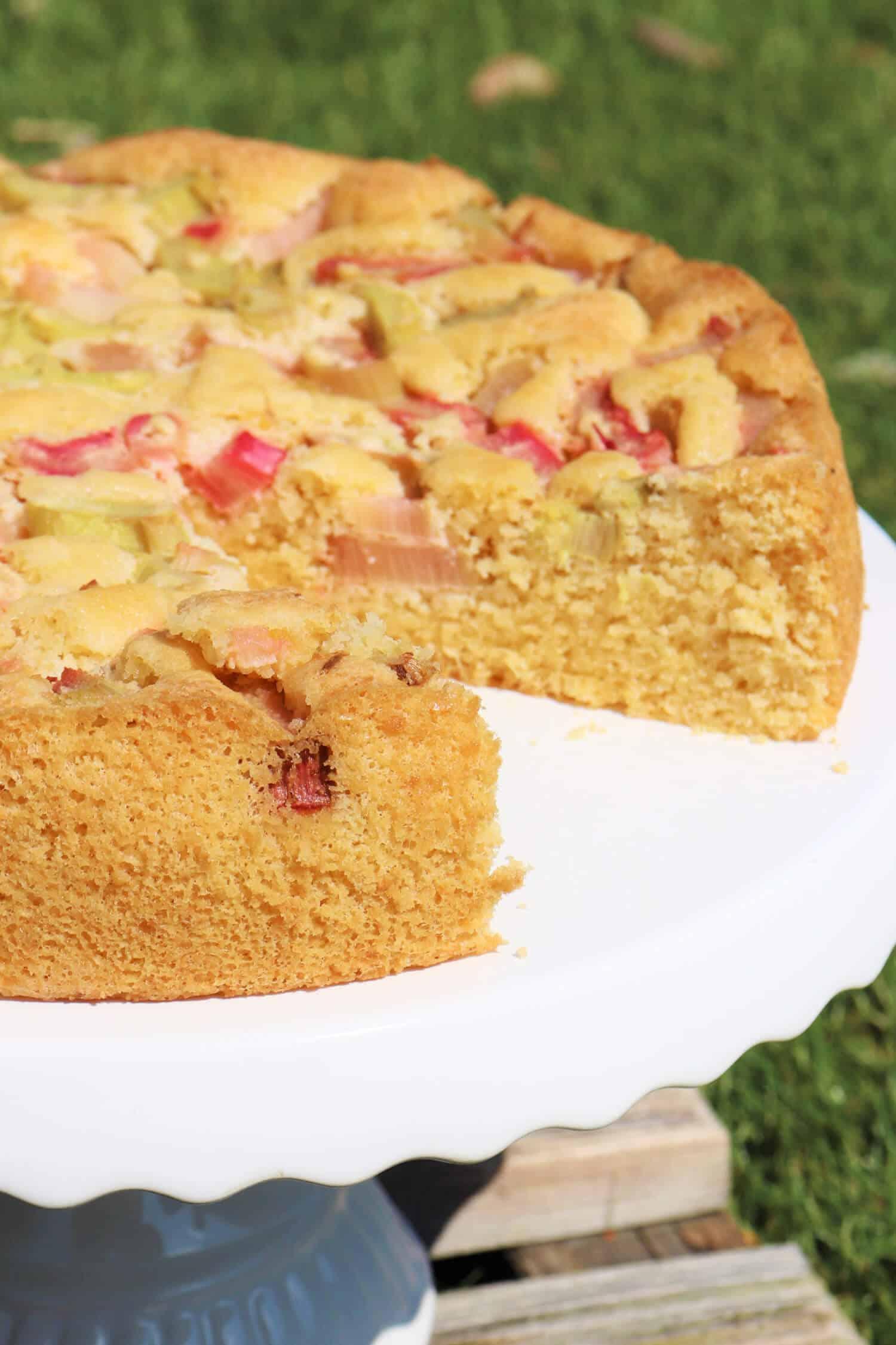 Ketogener Rhabarberkuchen ohne Zucker