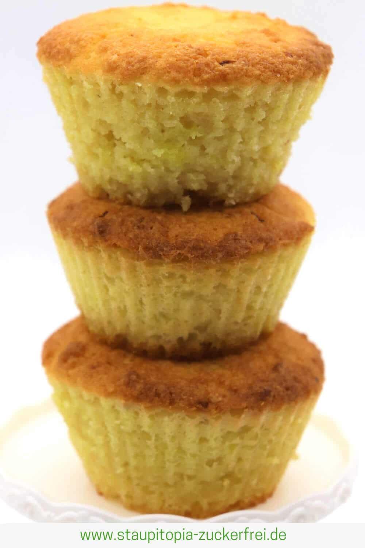 Zitronenmuffins ohne Zucker mit gemahlenen Mandeln