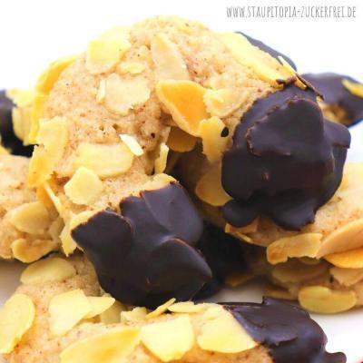 Marzipan Hörnchen ohne Zucker