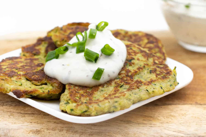 Schnelle Zucchini Puffer ohne Mehl