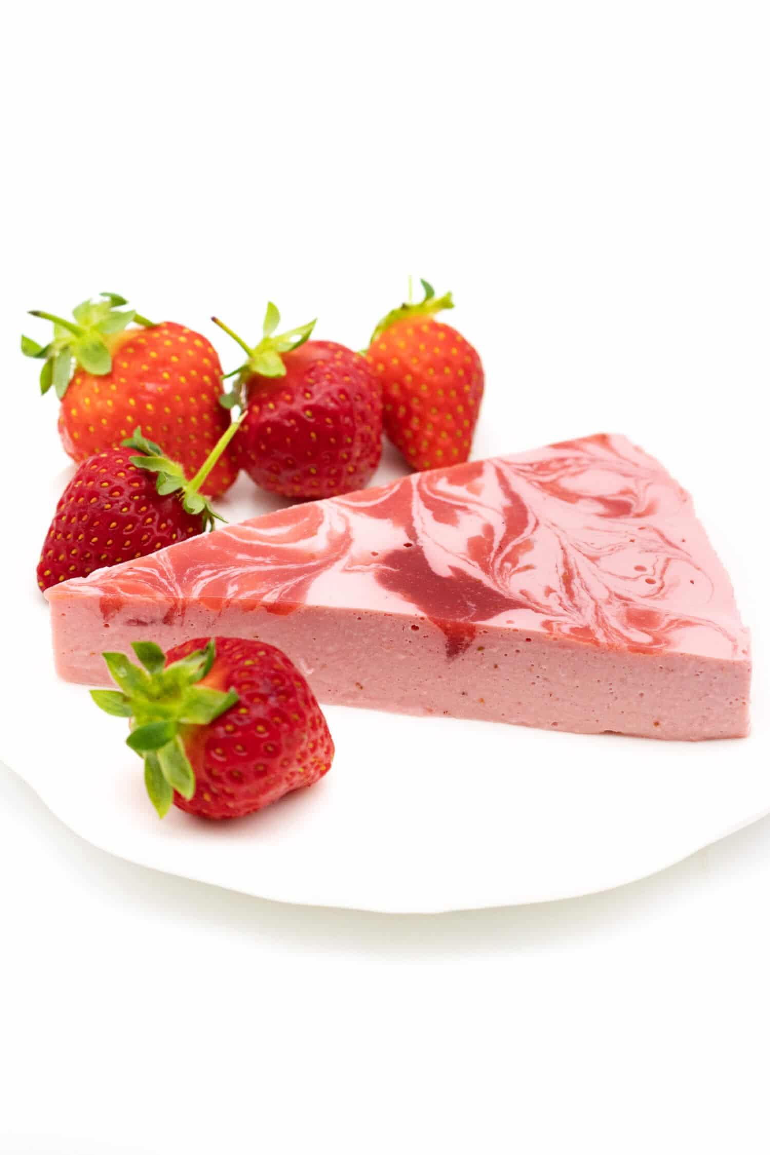Low Carb Erdbeer Käsekuchen ohne Boden
