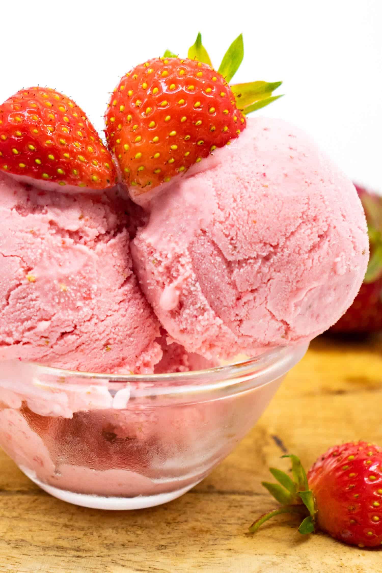 Erdbeereis Eismaschine Rezept