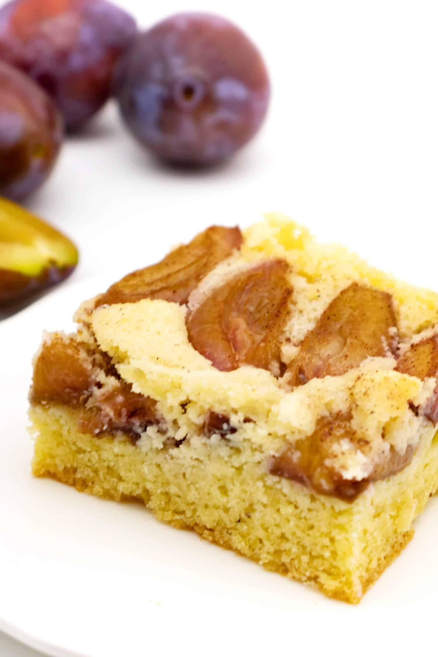Glutenfreier Pflaumenkuchen ohne Mehl und Zucker