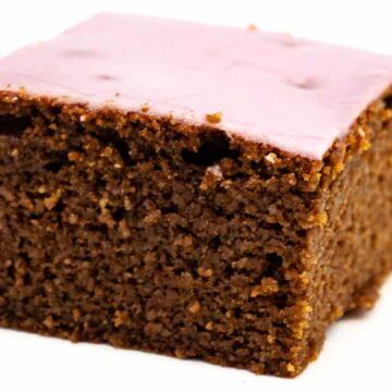 Rezept für einen Rotweinkuchen vom Blech ohne Zucker