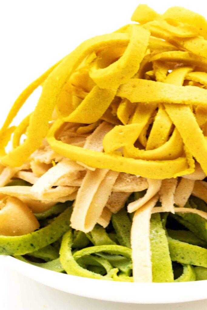 Low Carb Nudeln aus 3 Zutaten selber machen