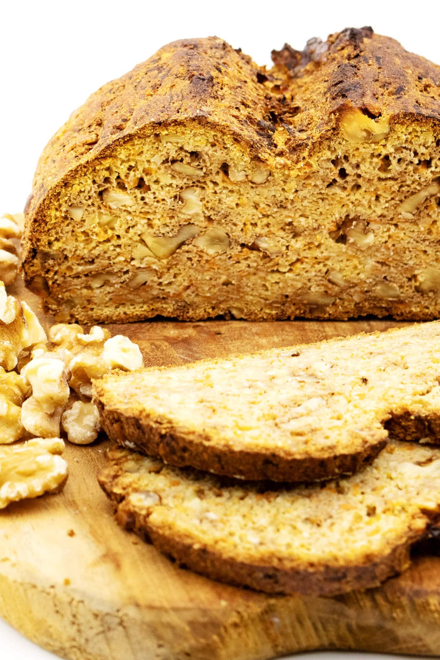 Low Carb Brot mit Karotten Rezept
