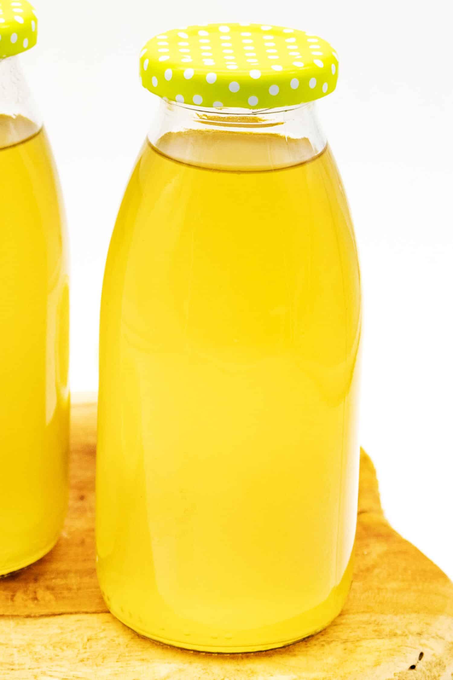 Zitronensirup herstellen ohne Zucker