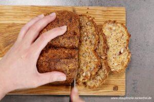 Zubereitung Low Carb Karotten Walnuss Brot Schritt 7