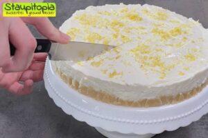 Zubereitung Zitronen Buttermilch Torte ohne Zucker Schritt 7