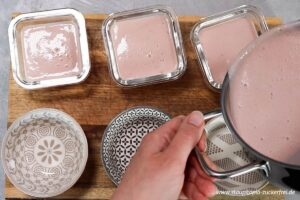 Zubereitung Erdbeerpudding ohne Zucker Schritt 6