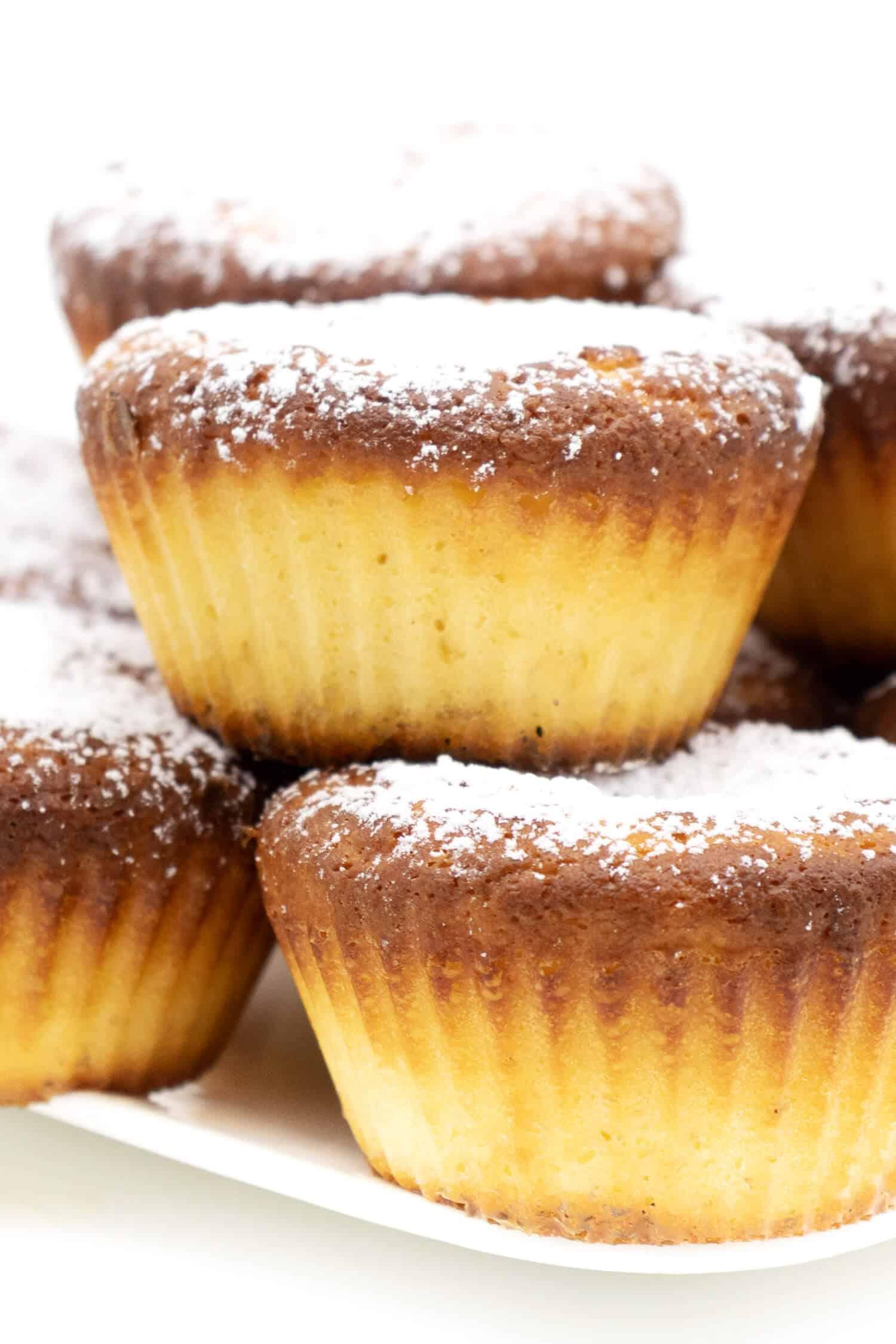 Einfache Vanille Muffins saftig und lecker